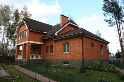 Дом размером 12х15м
