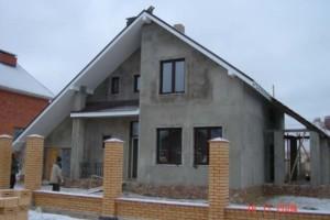 Дом размером 13,6х12,4м двухэтажный с гаражом
