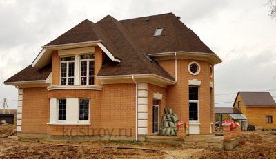 Дом из керамических блоков с облицовкой